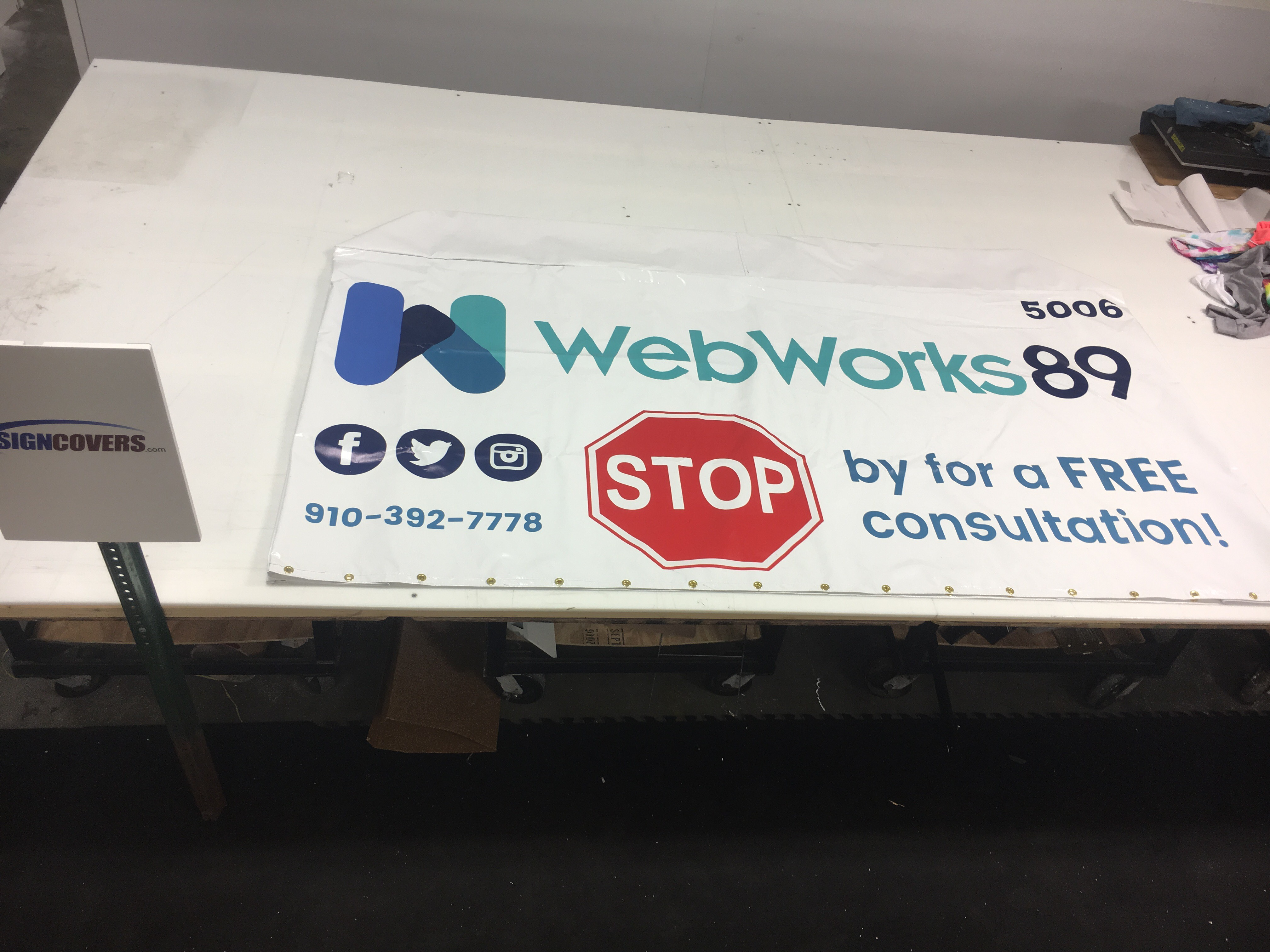 Web Works 89-Custom Sign Cover